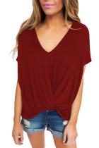 酒红色圆领短袖前面褶皱打结宽松T恤上衣