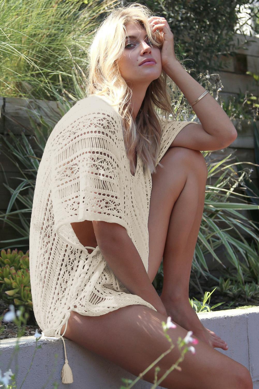 杏色钩针编织侧边绑带沙滩罩衫 LC42183