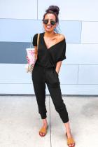 黑色包裹式V领抽绳束带时尚舒适连身裤