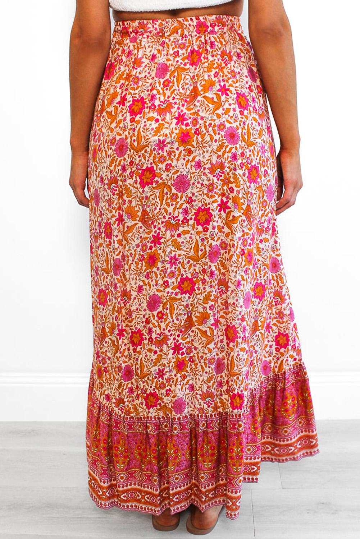 红色碎花抽绳束带荷叶边高低下摆优雅半身裙 LC65253