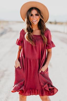 红色可爱荷叶边宽松飘逸迷你连衣裙