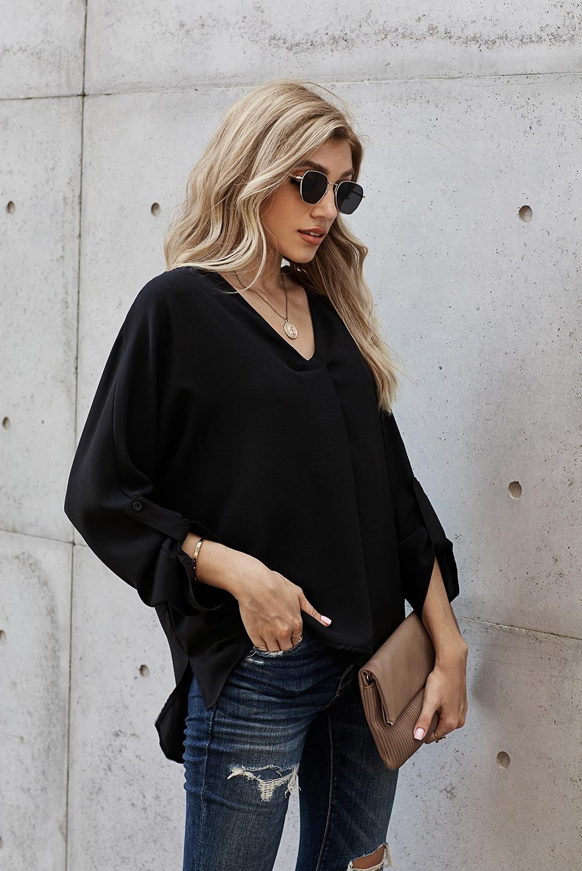 黑色V领3/4袖高低下摆时尚宽松上衣 LC2511106