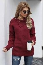 红色秋季休闲纽扣细节保暖舒适毛衣