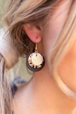 时尚皮革三层耳环