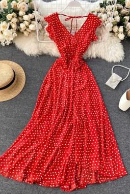 红色V领露背荷叶边可爱圆点舒适连衣裙