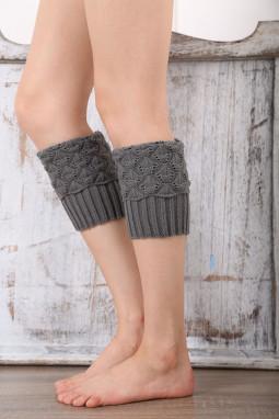 灰色针织腿部保暖套袜