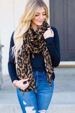 时尚豹纹流苏围巾