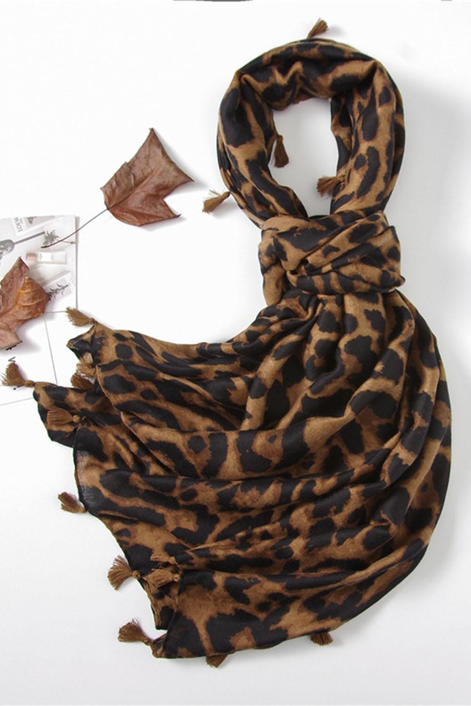 时尚豹纹流苏围巾 LC04044