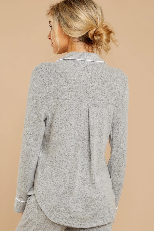 灰色休闲翻领排扣长袖短裤睡衣便服两件套 LC451005