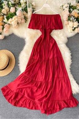 红色优雅露肩分层百褶飘逸长裙
