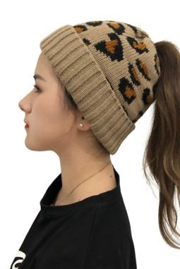 棕色可爱印花针织毛线帽