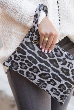 灰色时尚豹纹手拿包