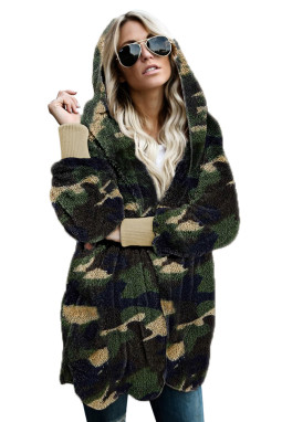 绿色迷彩印花柔软毛绒保暖长袖连帽开襟外套
