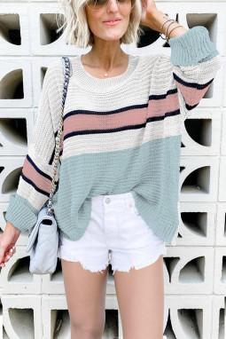 可爱绿色拼色宽松合身套头长袖针织毛衣