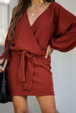 红色灯笼袖罗纹时尚休闲绑腰连衣短裙