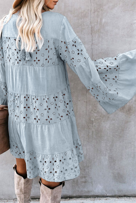 灰蓝色复古优雅O领喇叭袖镂空迷你连衣裙 LC222092