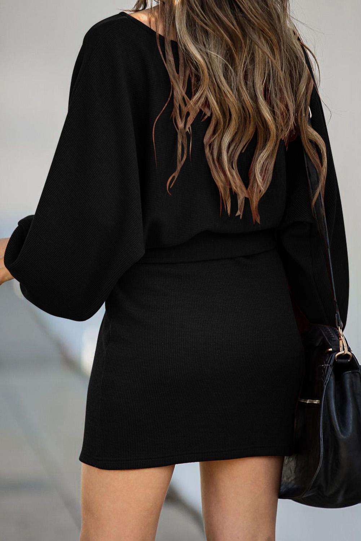 黑色灯笼袖罗纹时尚休闲绑腰连衣短裙 LC222081