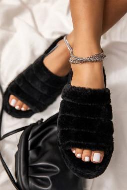 黑色可爱毛绒拖鞋