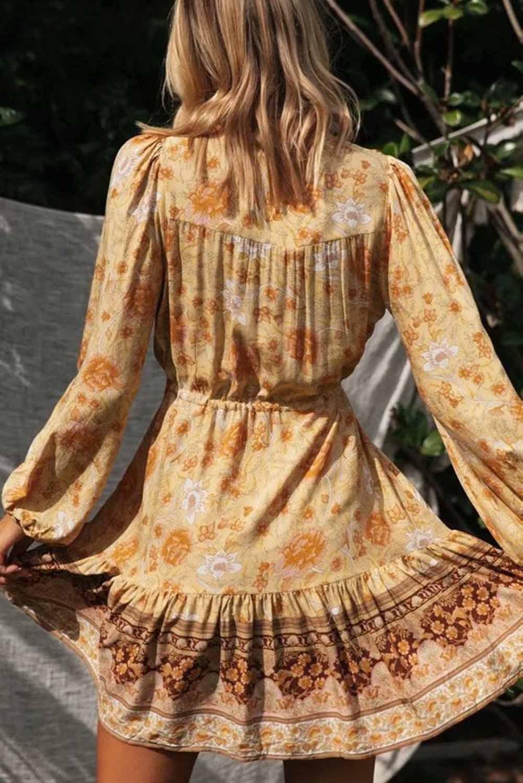 黄色V领花卉印花长袖束腰飘逸迷你连衣裙 LC221943