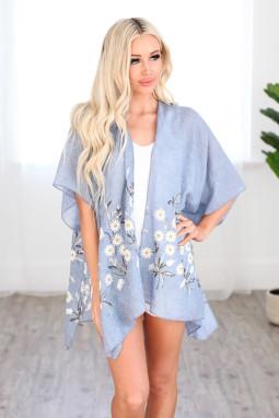 天蓝色可爱雏菊轻盈和服式罩衫