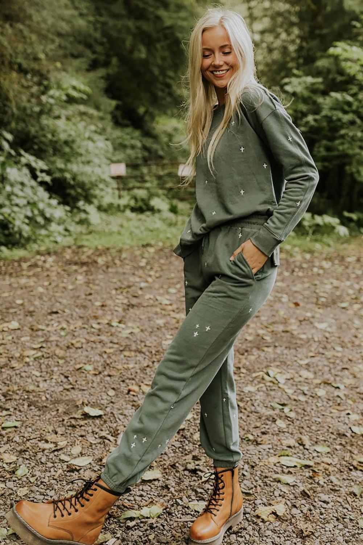 绿色简洁修身十字图案长袖套衫长裤休闲运动两件套 LC62883
