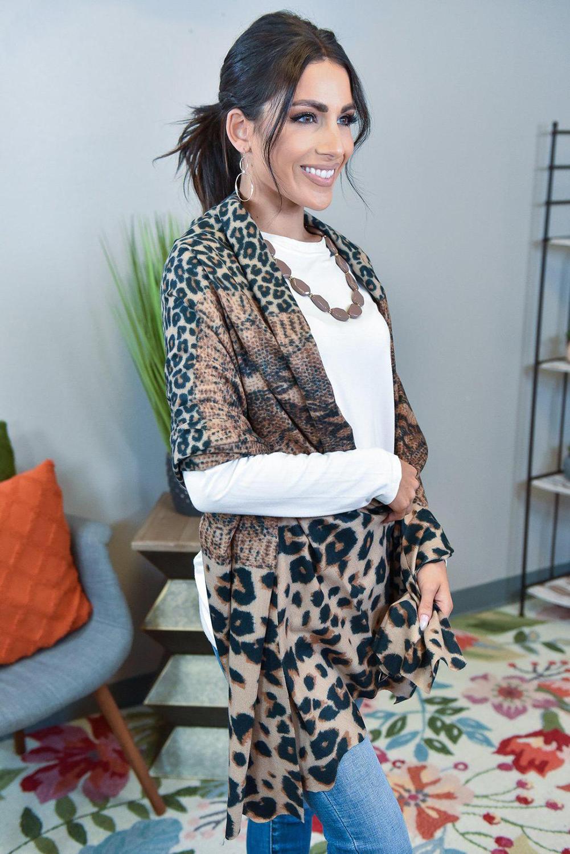 棕色豹纹披肩围巾 LC04230
