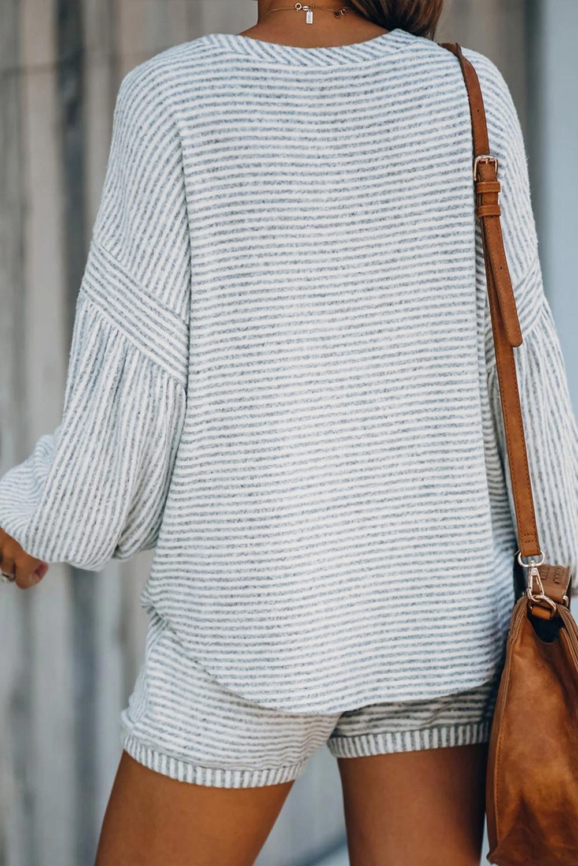 灰色条纹气球袖棉质混纺上衣和抽绳短裤休闲运动套装 LC62796