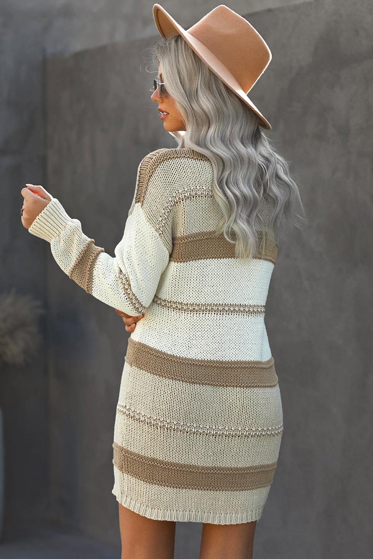米色宽松拼色V领长袖针织毛线连衣裙 LC273020