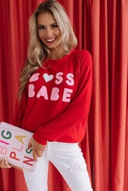 红色圆领字母印花情人节长袖套头卫衣