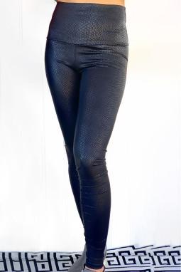 黑色蛇纹高腰紧身皮革打底裤