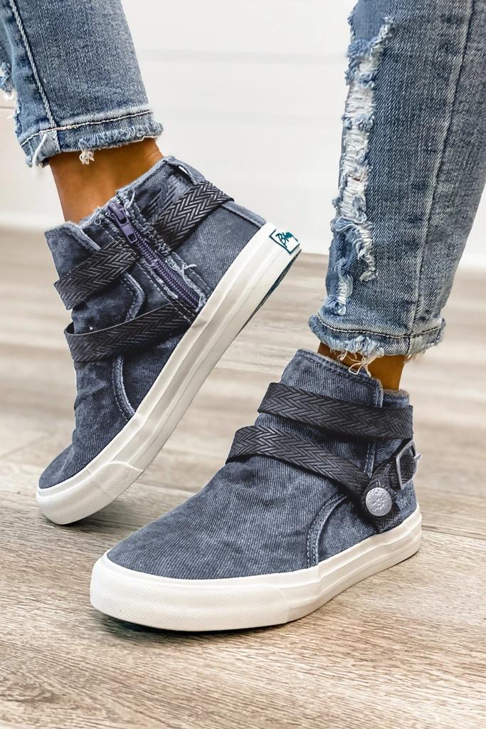 灰色时髦高帮帆布休闲鞋 LC12730