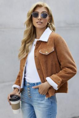 棕色时尚按扣口袋保暖灯芯绒夹克