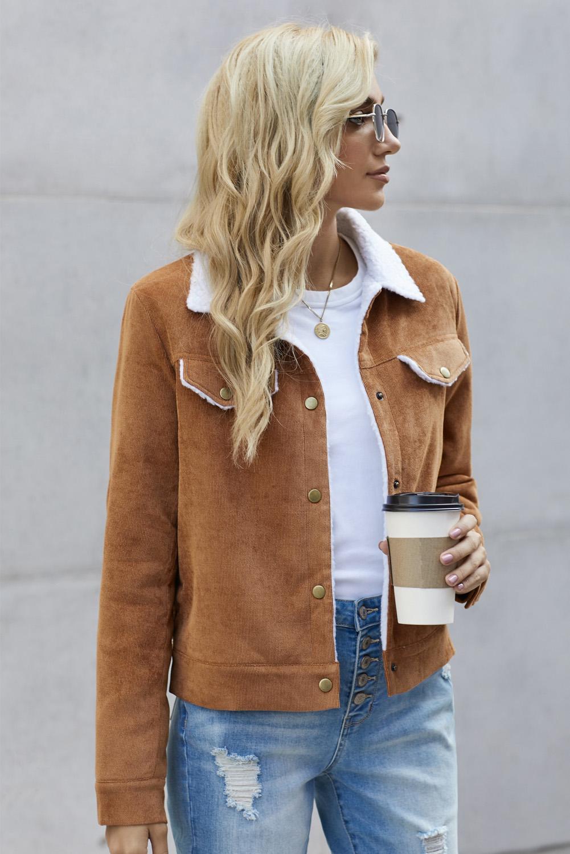 棕色时尚按扣口袋保暖灯芯绒夹克 LC851722