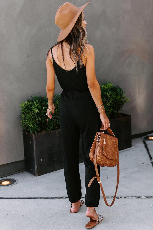 黑色时尚舒适纽扣装饰口袋吊带针织连衣裤 LC641368