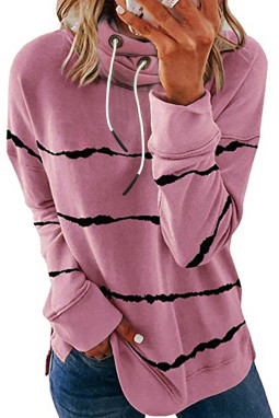 粉色流行条纹扎染侧开叉长袖高领连帽衫