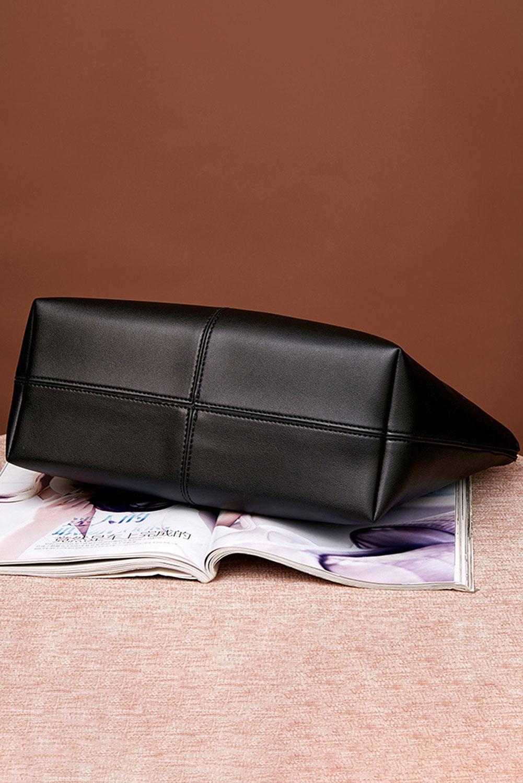 黑色人造皮革手提袋 LC003058