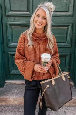 橙色高领宽松厚实针织冬季毛衣