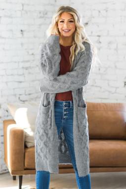 灰色冬季温暖纹理电缆针织开衫