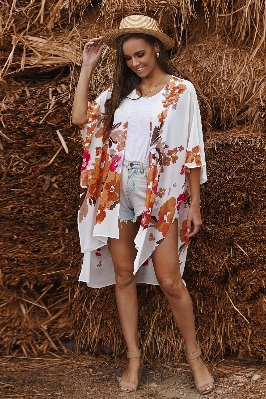 白色和服式半袖度假花卉印花优雅舒适罩衫 LC254281