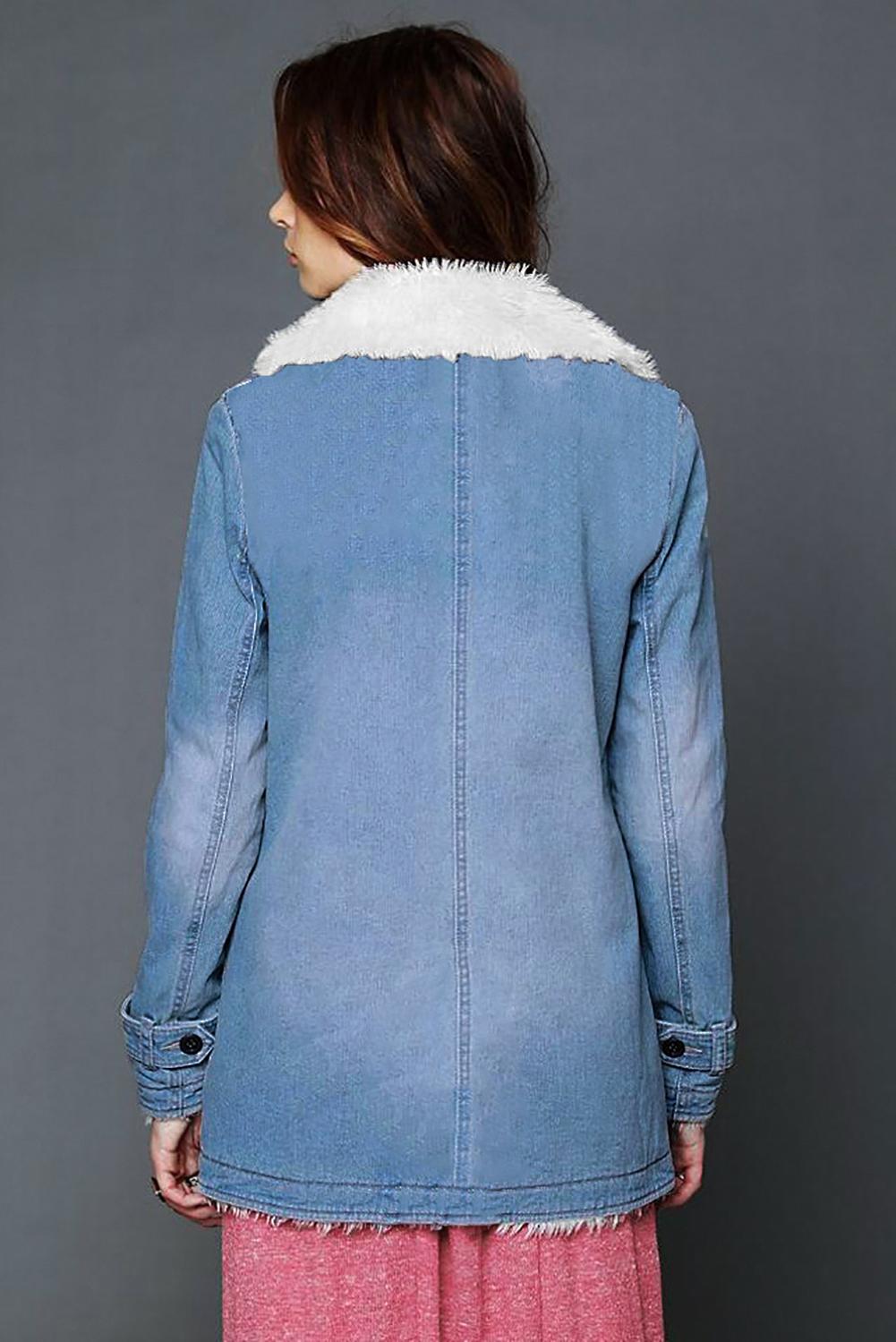 天蓝色休闲排扣翻领毛绒加厚保暖外套 LC851780