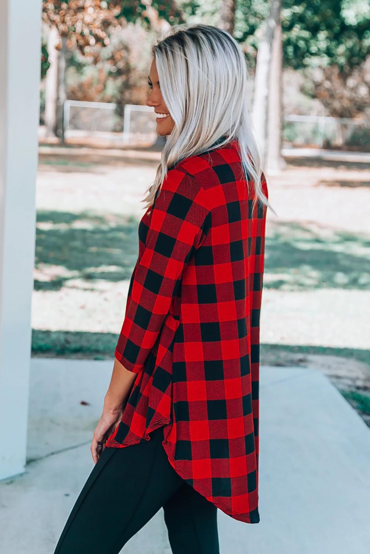 红色休闲格纹3/4袖开领前短后长宽松女士上衣 LC2513948