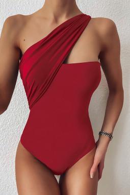 红色不对称单肩别致单肩一件式泳装