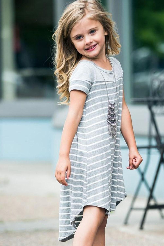 灰色拼色条纹圆领短袖舒适可爱小女孩连衣裙 TZ61105