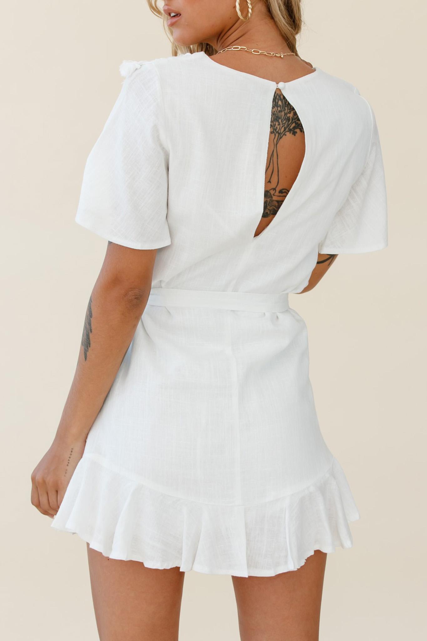 白色时尚休闲流苏装饰短袖绑腰优雅迷你裙 LC223895